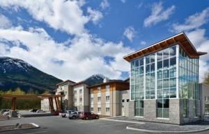 Sandman-Hotel-Squamish-Exterior-465x300
